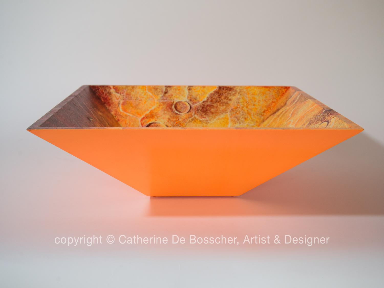 """""""Planète Venus"""" Pyramidal Bowl by Catherine De Bosscher"""